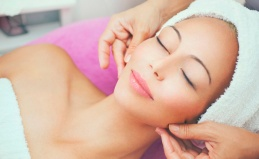 Чистка лица, мезотерапия, массаж