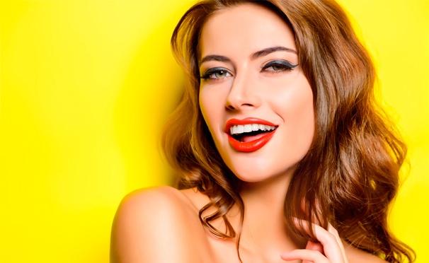 Скидка на Профессиональная УЗ-чистка, полировка и фторирование зубов для одного или двоих в стоматологической клинике «Дентис». Скидка до 91%