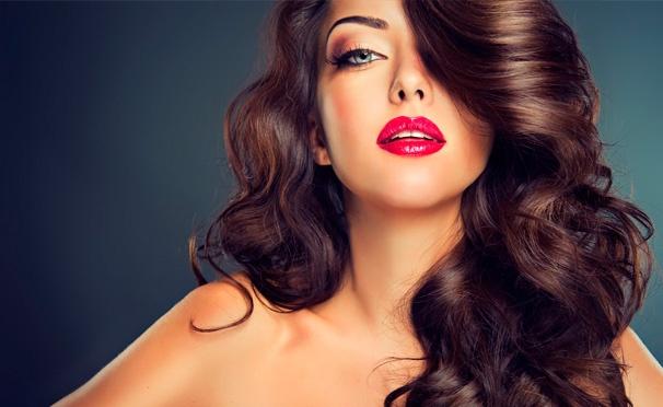 Скидка на Комплексный уход за волосами в салоне красоты Luxe Lab: стрижка горячими ножницами, калифорнийское мелирование, ампульное восстановление волос и многое другое! Скидка до 85%