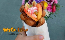 Гонконгские вафли в кафе Waff & Love