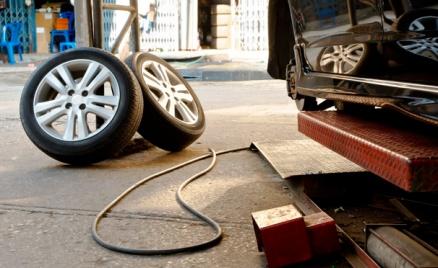 Шиномонтаж, диагностика автомобиля