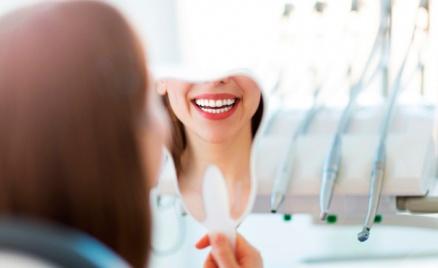 Чистка, отбеливание, лечение зубов