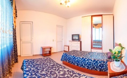 Отель «Валенсия» в Геленджике