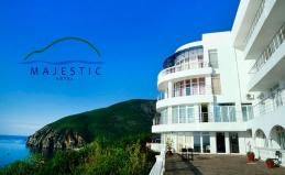 Отдых в отеле Majestic в Алуште