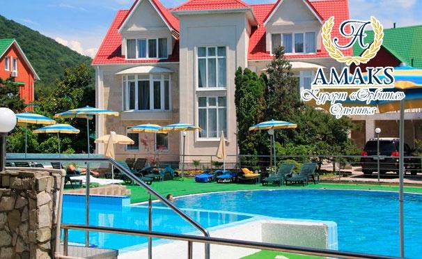 Скидка на Отдых для одного или двоих на Amaks Курорте «Орбита» в Ольгинке: питание «Полный пансион», бассейн, сауна, тренажерный зал, лечебные процедуры и не только! Скидка 30%