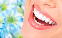 УЗ-чистка или отбеливание зубов