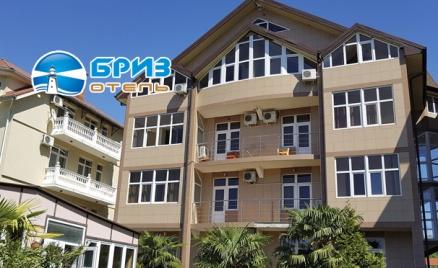 Отель «Бриз» в Вардане