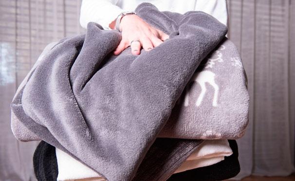 Скидка на Махровые халаты с именной вышивкой на заказ от мастерской именной вышивки Sweet Fairy. Скидка 30%