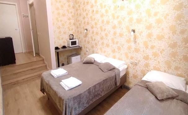 Скидка на Проживание в номере «Стандарт» для 2 или 3 человек в отеле LigoHotel в центре Санкт-Петербурга. Скидка до 42%