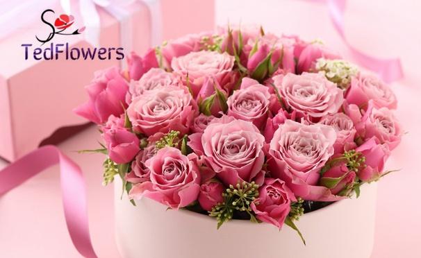 Скидка на От 21 до 101 голландской розы или тюльпана + различные цветы в шляпных коробках от компании TedFlowers со скидкой до 60%