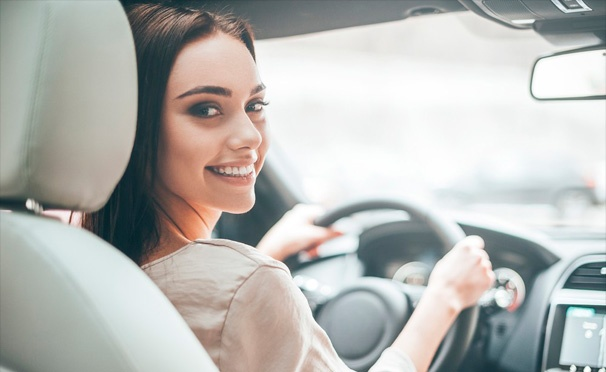 Скидка на Скидка до 98% на обучение вождению для получения прав категории В в автошколе «Приоритет»