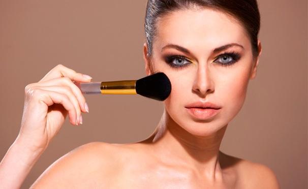 Скидка на Курсы по созданию дневного, делового или вечернего макияжа, smoky eyes в «Центре имиджа и вдохновения Алины Новиченковой». Скидка до 86%