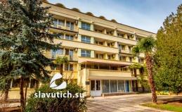 Санаторий «Славутич» в Алуште