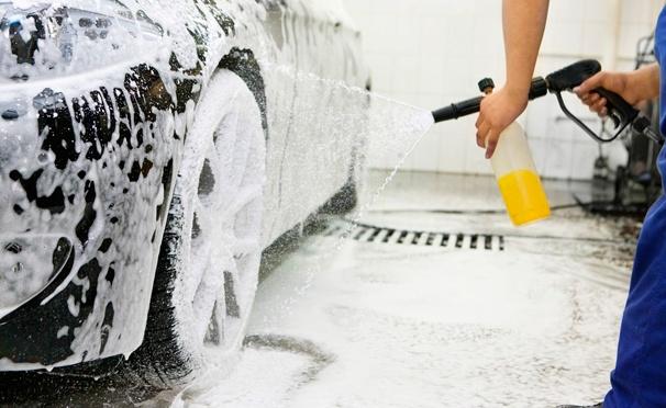 Скидка на Услуги по уходу за автомобилем в «Автосервисе на Ярославском шоссе»: комплексная мойка, химчистка, абразивная полировка автомобиля, защитное покрытие «Жидкое стекло». Скидка до 88%