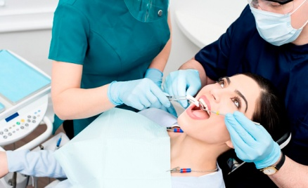 Лечение кариеса, удаление зубов