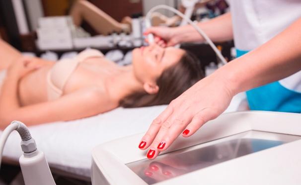 Скидка на Косметология в салоне красоты LAQ: RF-лифтинг, лазерное омоложение кожи и химический пилинг! Скидка до 95%
