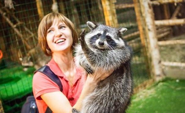 Скидка на Скидка 50% на посещение контактного зоопарка «Рога и копыта» для взрослых и детей