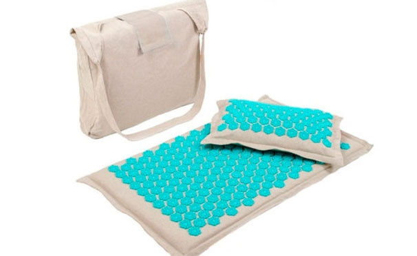 Скидка на Кешбэк 490р. от покупки акупунктурного массажного коврика с наполнителем из кокоса и подушкой из льна