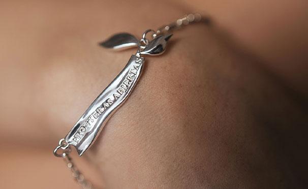 Скидка на Ювелирные изделия из серебра и позолоты Thirty J со скидкой 30%