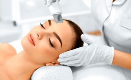 Чистка лица, пилинг, карбокситерапия