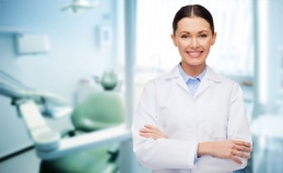 Чистка зубов и лечение кариеса