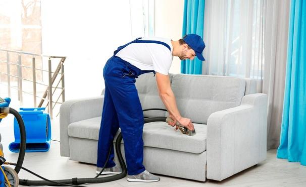 Скидка на Химчистка кресел, стульев, диванов, матрасов в доме или офисе от компании «РДСервис». Скидка 50%