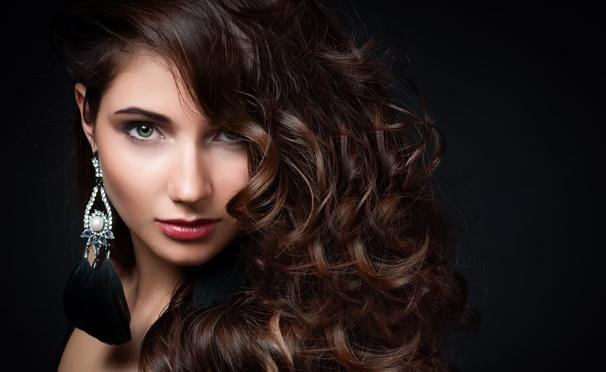 Скидка на Новый образ - новая жизнь! Прикорневой объем, стрижка, укладка, окрашивание волос на выбор, кератиновое выпрямление, spa-процедуры для волос и многое другое от студии красоты Style&Image со скидкой до 82%