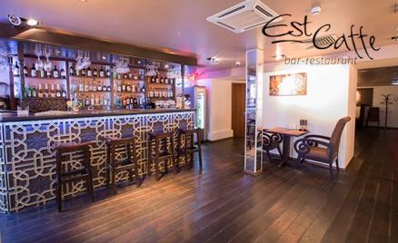 Двухэтажный бар Est-Caffe