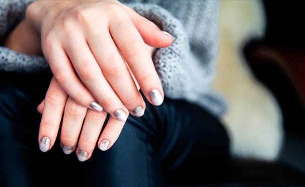 Скидка на Услуги студии ногтевого сервиса My Colors: парафинотерапия, маникюр и педикюр с покрытием гель-лаком + наращивание и коррекция ногтей! Скидка до 70%