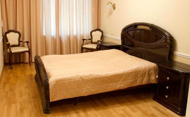 Скидка на Проживание для одного или двоих в «Гостевых комнатах на Невском, 47» со скидкой 50%