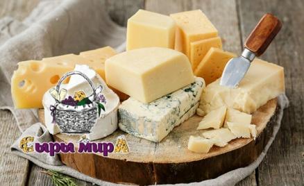 Корзины с сырами и новогодние наборы