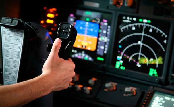 Скидка на 30 или 60 минут виртуального пилотирования в центре FMX Aero. Скидка до 51%