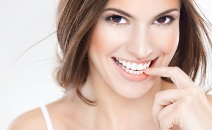 Чистка зубов, лечение кариеса